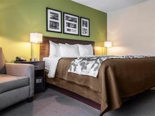 Sleep Inn & Suites Marshall Area