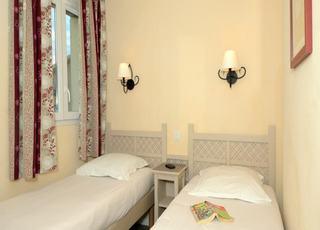 Residence Les Coteaux De Pont Royal