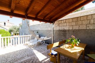 Apartments Nkolina
