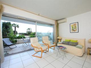 Cannes Bay No.2