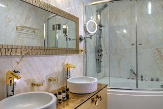 Hotel Fiscardonna Luxury Suites
