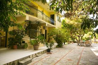 Hotel Irena Studios And Apartments