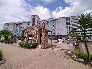 Laps New World Hotel