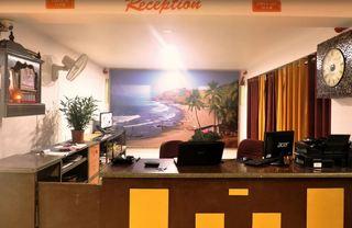 Maximum Holiday Inn