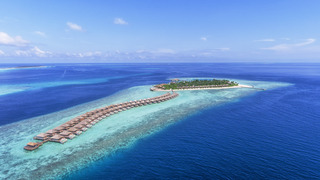 Hurawalhi Island Resort & Spa