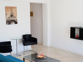 Francia - Two Bedroom