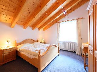 Linda - Four Bedroom