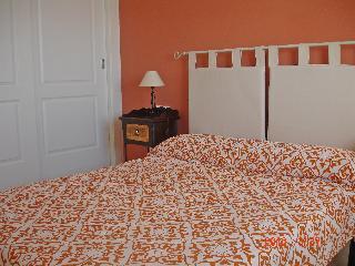 Marinas De Procusan - One Bedroom