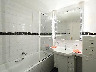 Obri Tuftra - Two Bedroom
