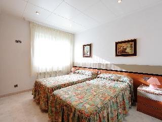 Paseo Hortsavinya - Three Bedroom