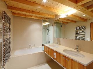 Residenz Cresta Kulm B26 - Four Bedroom