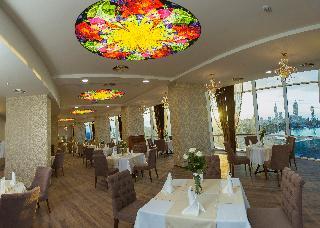 JRW Welmond Hotel & Casino Batumi