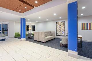 Holiday Inn Express and Suites Corona