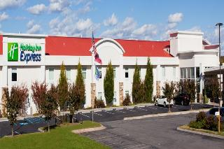 Holiday Inn Express and Suites Dalton