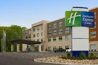Holiday Inn Express and Suites Altoona