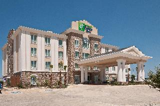 Holiday Inn Express and Suites Pearsall