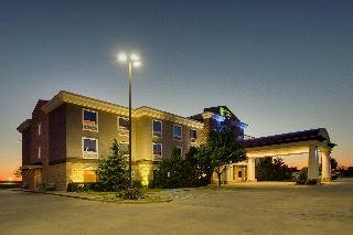 Holiday Inn Express and Suites Vernon College Area