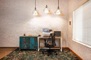 Holiday Inn Express and Suites Denver Tech Center