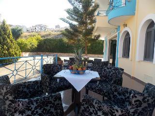 Blue Saranda Hotel