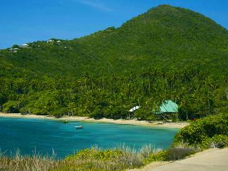 Spring House Hotel Bequia