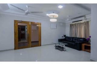 Fabhotel Rithikha Inn Manapakkam, Chennai