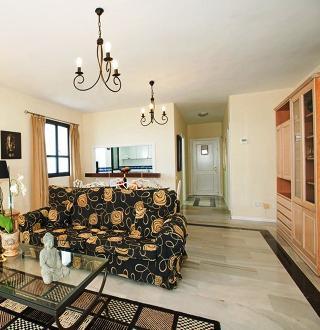 Apartment in Marbella, Malaga 102957