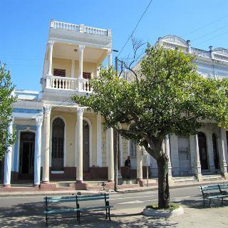 Hostal - Casa Zorzano
