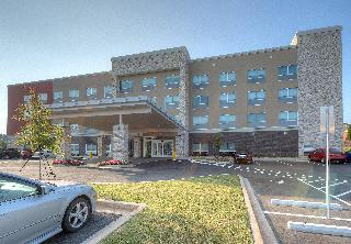 Holiday Inn Express and Suites Fort Mill