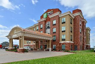 Holiday Inn Express and Suites Alva