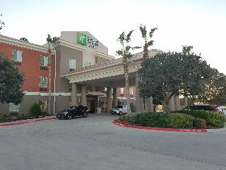 Holiday Inn Express and Suites Rio Grande City