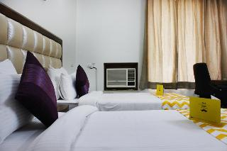 Fabhotel Hill View Suites