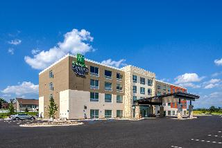 Holiday Inn Express and Suites Milroy - Reedsville