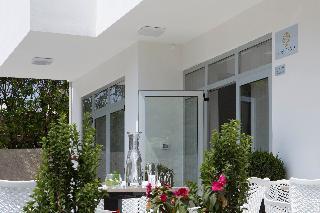 Alojamientos en pag for Boutique hotel intermezzo 4 pag croatie