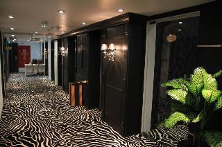 Trianon Royal Hotel