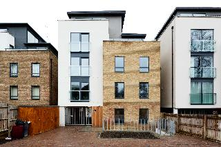 OYO Home 136 Kings Ave New Builds