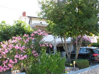 Apartments Pinija