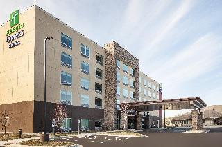 Holiday Inn Express & Suites Hudson I-94