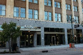 The Axis Hotel Moline,Tapestry Collectionby Hilton