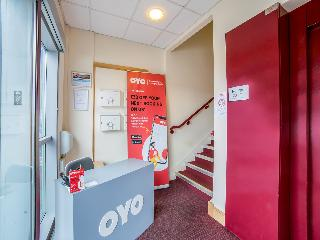 OYO Chase Suites