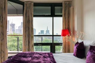 Premium Lexington Serviced Apartment