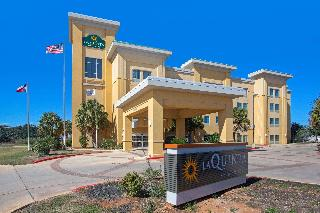 LA QUINTA INN SUITES BY WYNDHAM PEARSALL