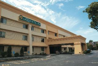 LA QUINTA INN SUITES BY WYNDHAM STEVENS POINT