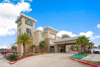 La Quinta Inn Suites By Wyndham Lake Charles Westl
