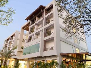 GREEN HOTEL RESORT