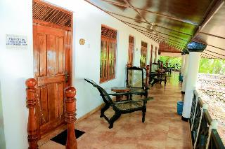 IBIS GUESTHOUSE BUNGALOWS