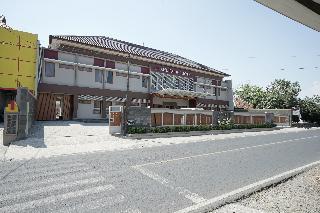 首都O 1974帕裡吉大酒店