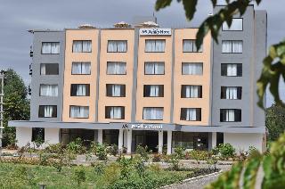 Peaks Hotel Limited
