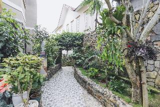 Villa De Vins