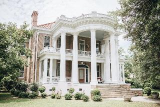 1912 Bed And Breakfast