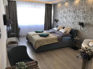 Dfive Apartments Danube Corso